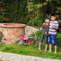 Reverie Siam::Family